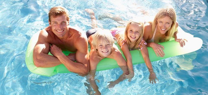 Benefits of Hiring the Services of a Pool Cleaning & Maintenance Professional